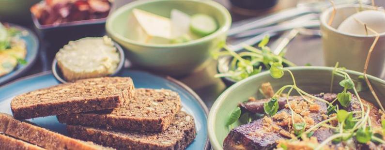 no mezclar proteinas con almidones